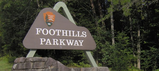 foothills-parkway-sign