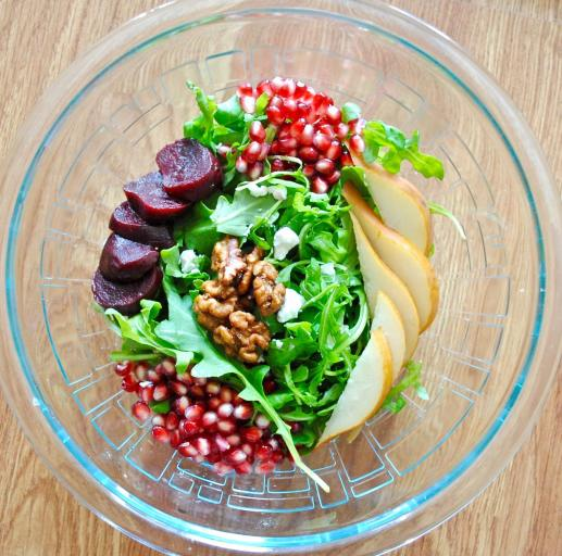 Dancing for Donuts | Early Autumn Salad. [+ How to Cut a Pomegranate!]