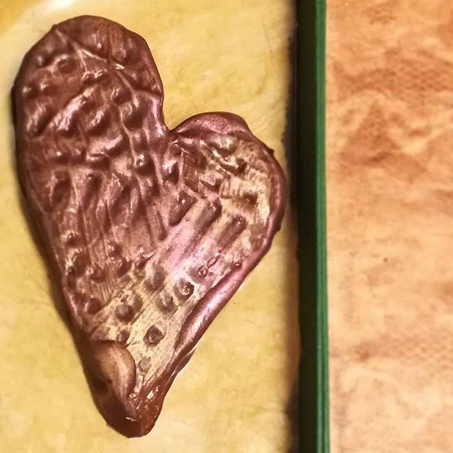 Caramel sculpted SWEET HEART enrobed in dark chocolate.#chocolatier #chocolateasart #caramel #sculpture #edible #chocolate #valentines