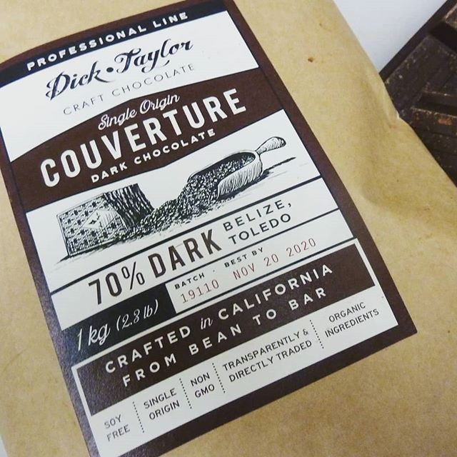 Playing with some new craft couverture. Chocolate maker Dick Taylor just sent us samples of their new Belize 70% dark and 50% milk chocolates designed for pastry chefs and Chocolatiers. The chocolate is beautifully fluid and includes Sunflower lecithin so it can be used for ganache emulsions. Nicely done, guys!#Chocolatier #couverture #craftchocolate @dicktaylorchocolate @thechocolatejournalist