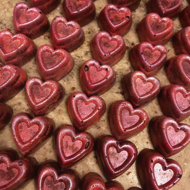 BIG HEART, WITH WHISKEY: strawberry rose vanilla Scotch whiskey marshmallow #chocolatier #scotland #whiskey #valentines @thedalmore