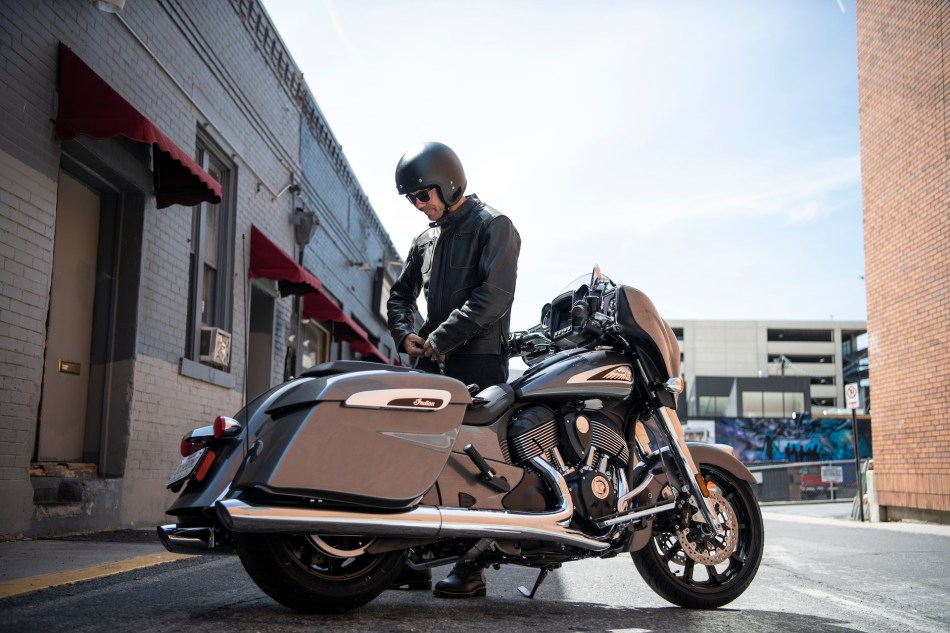 2019-Indian-Chieftain-03