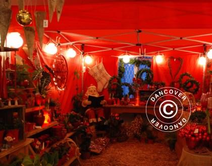Julmarknad i ett elegant marknadstält