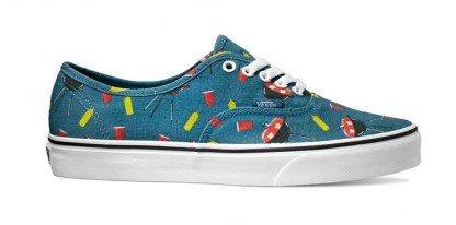 r29999-vans-authentic-pool-vibes-blue-ashes-true-white-vn0004mljpg-822x409