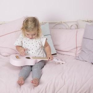 Chitara muzicala roz din lemn – Little Dutch