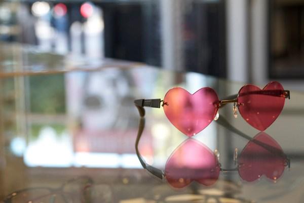 83f84b164721 Womens Luxury -titanium Rimless Glasses Eyewear Eyeglasses. Frame Profile -  2 Dan Deutsch Optical Outlook
