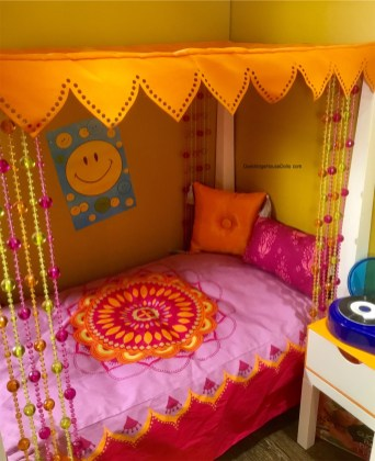 Julie's Canopy Bed