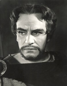 Laurence Olivier as Macbeth.