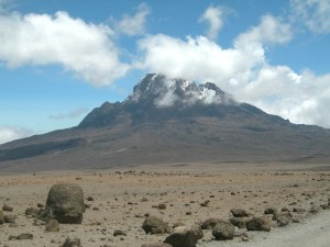 mount-kilimanjaro-2-1379144-640x480