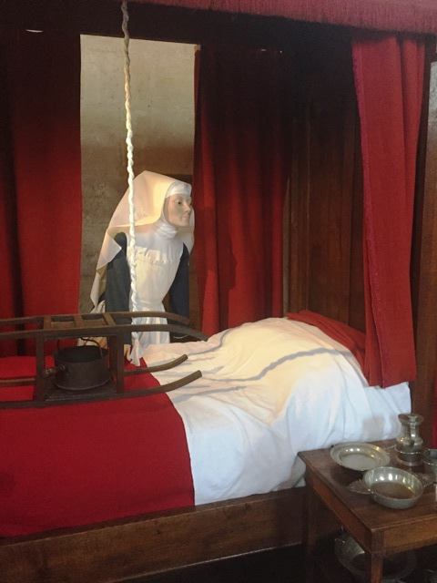 danetigress travel blog wine route burgundy hospices de beaune