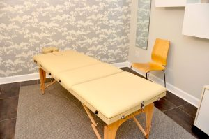 Danforth-East-Wellness-Dr.-Elisa-Petriccas-room-scaled