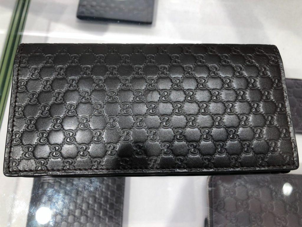イタリア ミラノ アウトレット 戦利品(1) グッチのメンズ用長財布