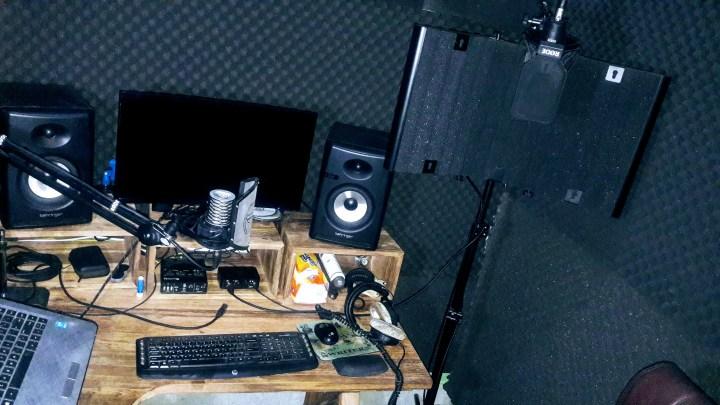 Dan Garlick Voiceovers Studio 2020