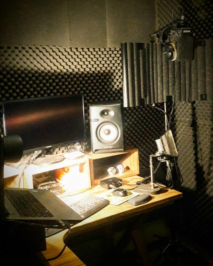 Studio - Dan Garlick Voiceovers