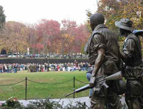 Vietnam - soldier statutes looking on.jpg