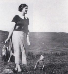 Valda Grieve on Shetland 1930s with herrings