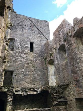 Carnassarie Castle