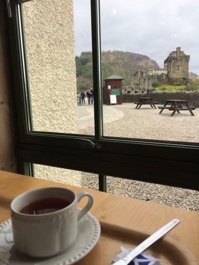 Tee trinken mit Ausblick