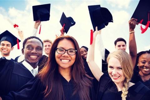 Anh đề xuất cho sinh viên quốc tế ở lại làm việc   VTV.VN
