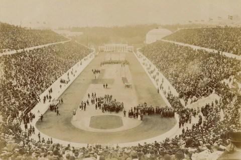Olympics hồi thế kỷ 20 khác ngày nay nhiều lắm...