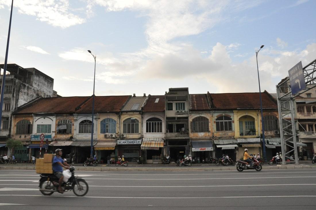 File:Bến Chương Dương,đường Võ Văn Kiệt, quan 1, tp hcm - panoramio.jpg -  Wikimedia Commons