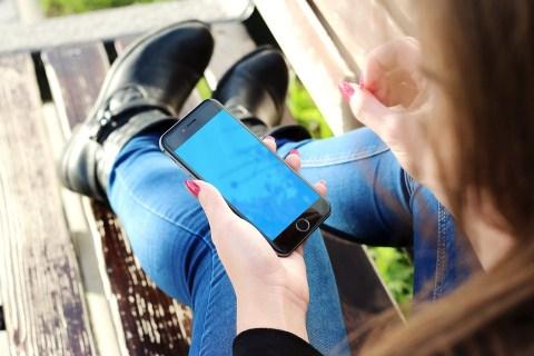 Iphone, Tay, Cô Gái, Điện Thoại Thông Minh