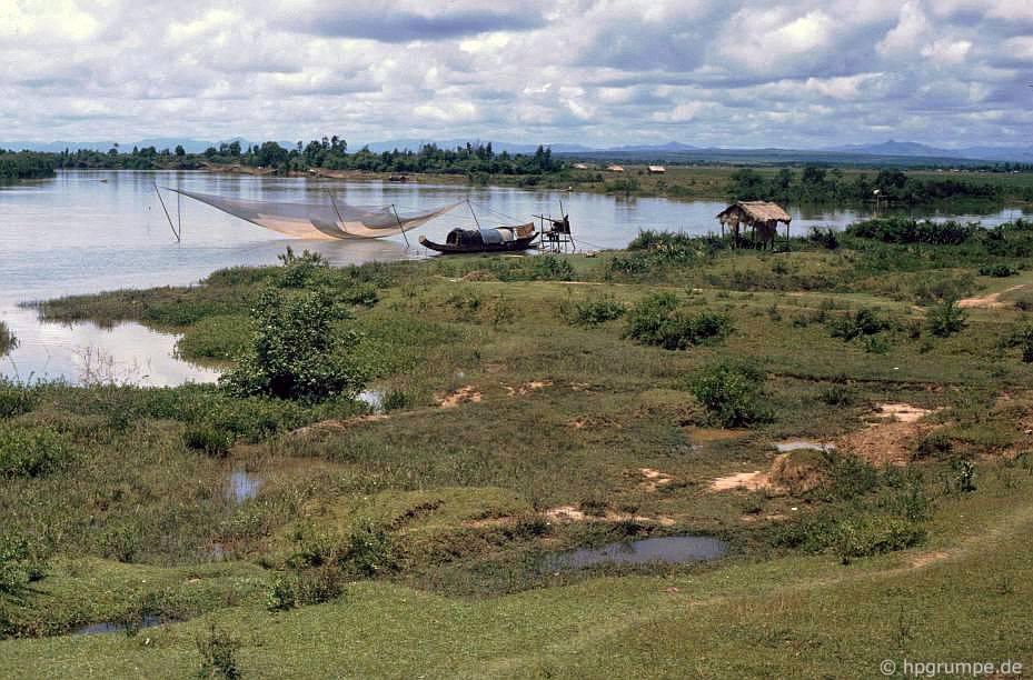 Tᾳi sông Bến Hἀi