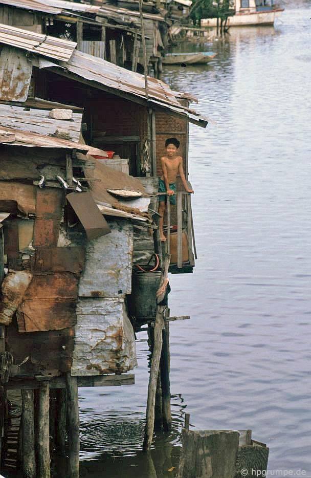 Nha Trang: nhà bằng nước