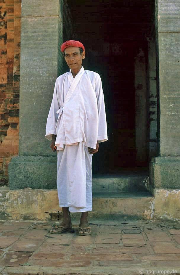 Phan Rang: Po Klaung Garai, Champriest