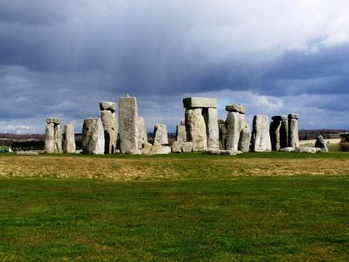 Stonehenge_18_rain