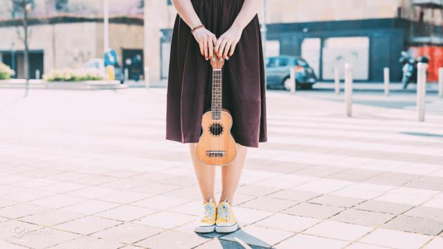 tự học ukulele miễn phí