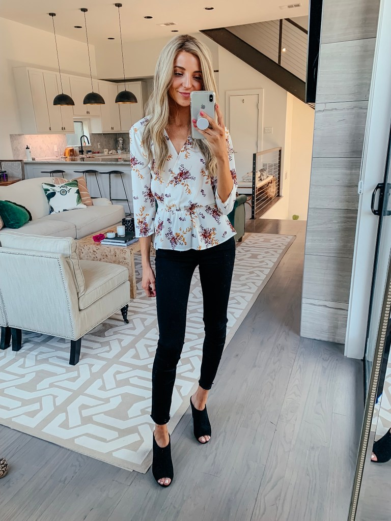 chelsea28 white floral top