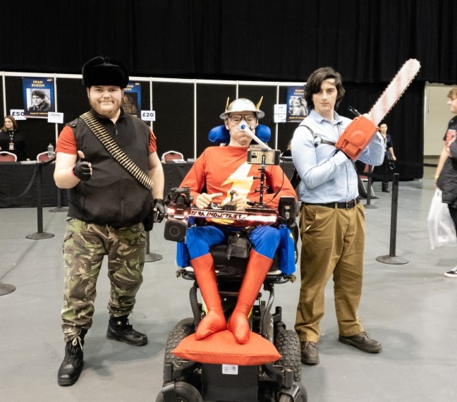 """Daniel dressed as Jay Garrick """"The Flash"""" at Wales Comiccon with cosplayers"""