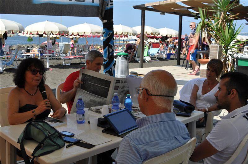 A intervistarmi il regista Fabio Bellucci e il giornalista Emanuele Rossi.