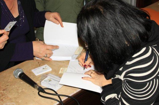 31.01.2011SECONDA PRESENTAZIONE DI NESSUN SEGNO SULLA NEVE