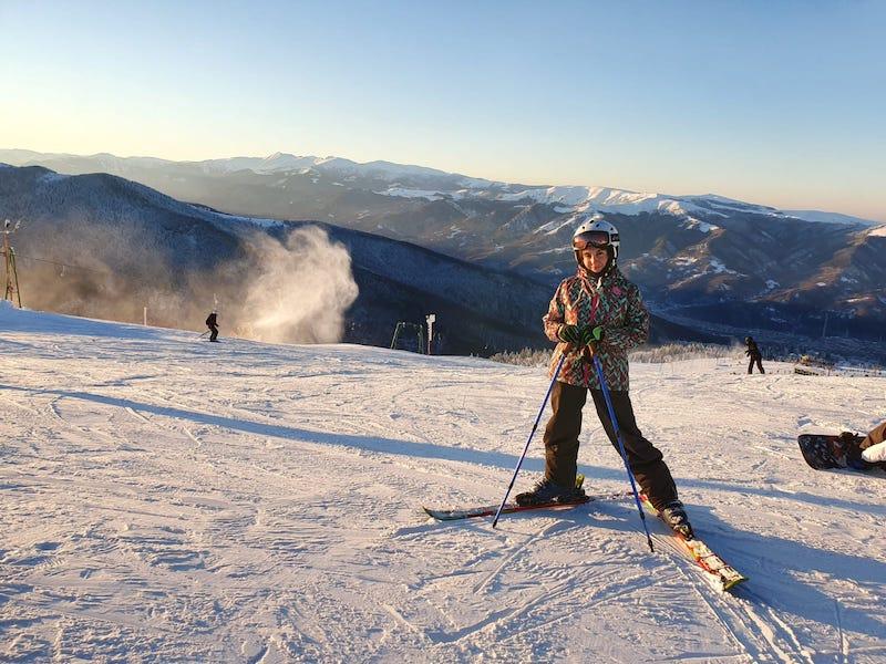 ski straja partia constantinescu complex montana 2