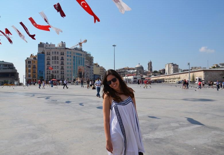 praça-taksim-istambul-turquia