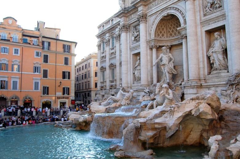 Fontana di Trevi - fonte - Roma - Pontos turísticos