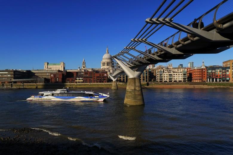 st paul - millenium bridge - londres - pontos turísticos