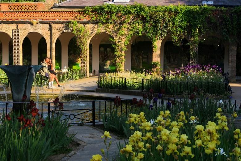 holland park - parques de londres - turismo - inglaterra