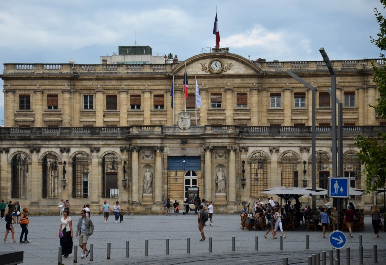 palais rohan - prefeitura de bordeaux - bordéus - turismo - frança