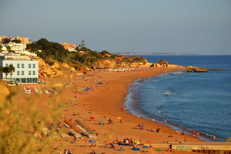 albufeira - as melhores praias do algarve - portugal - turismo