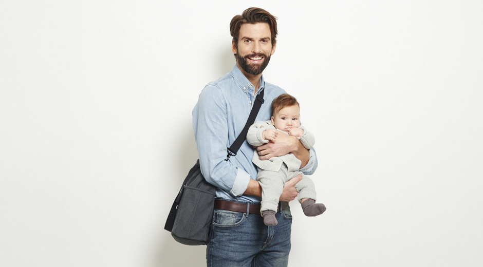 Si può viaggiare in aereo con un neonato? Certo!