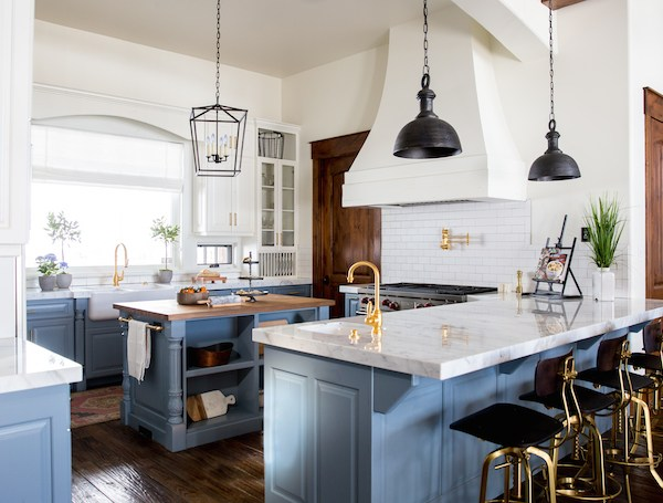 Best Farmhouse Kitchens of 2017