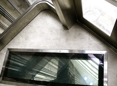 CN Glass Floor Elevator