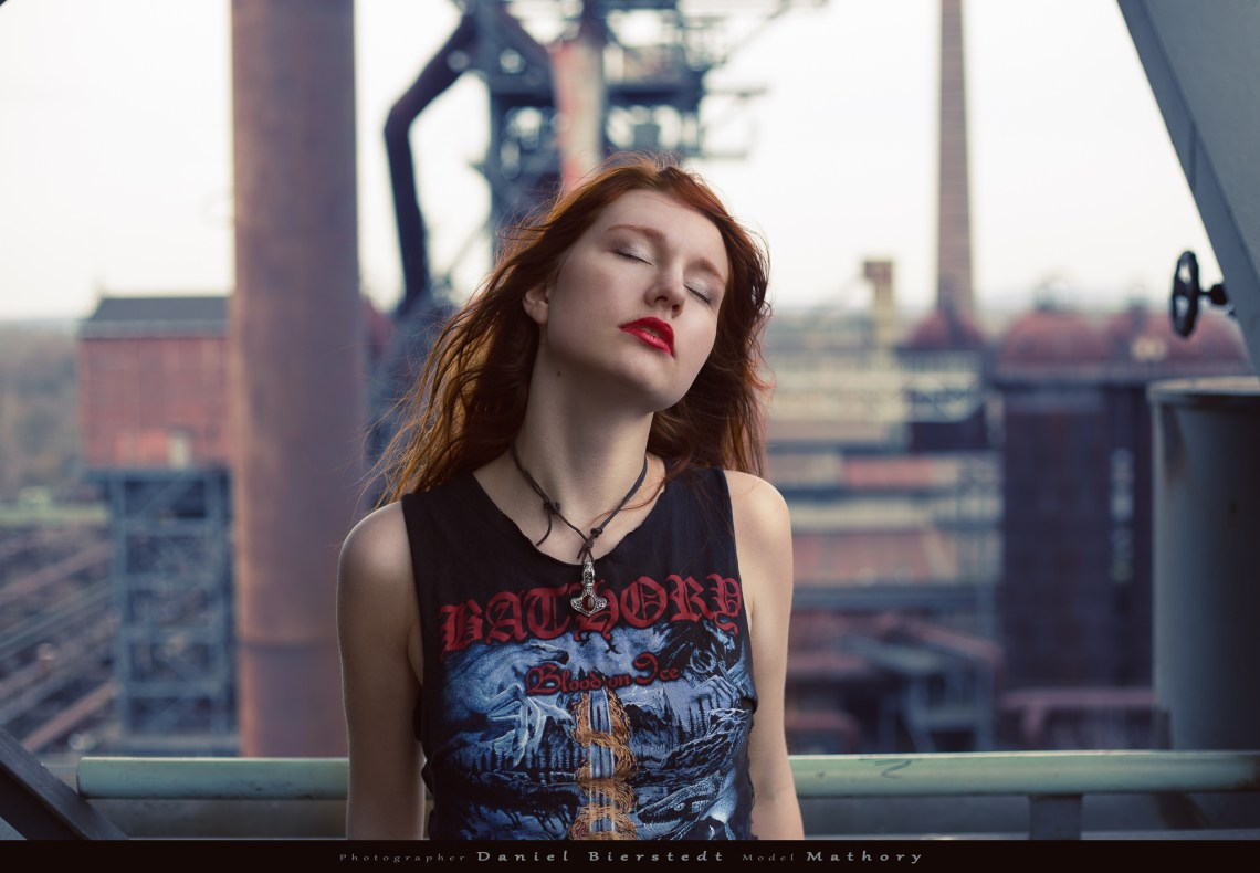 Mathory performing for the Rocky Portraits Project with industrial background