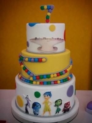 Gâteau de anniversaire - montreal - quebec - Anniversary - cake - Gâteau de fête - Party cake - Gateau personalise sur mesure customisé - custom cake - etage layers puéril enfant coloré colorful kid child childish