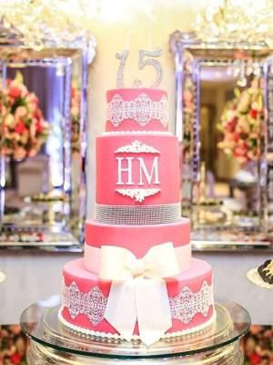 Gâteau de anniversaire - montreal - quebec - Anniversary - cake - Gâteau de fête - Party cake - 15 ans years - Gateau personalise sur mesure customisé - custom cake - rosé pink - etage layers - noeud bow