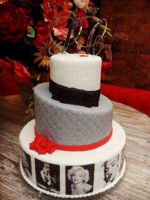 Gâteau de anniversaire - montreal - quebec - Anniversary - cake - Gâteau de fête - Party cake - Gateau personalise sur mesure customisé - custom cake - movies movie film cinema Marilyn Monroe - etage layers