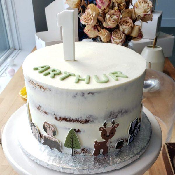 Gâteaux semi naked cake avec impression comestible découpé en fondant- cake with edible print
